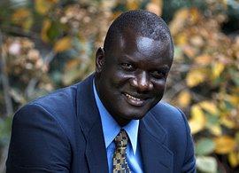 BigGift: Jon Bul Dau Brings Sight to Sudan