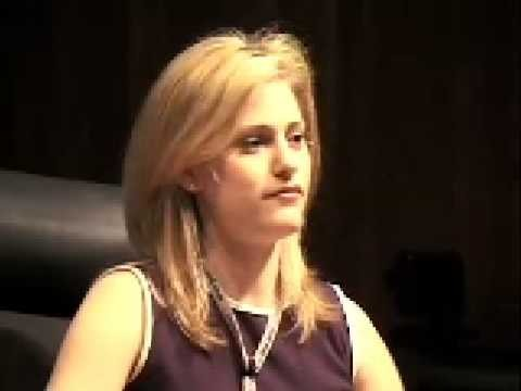Aimee Mullins: Changing my legs – and my mindset