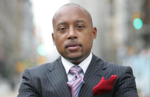 From the White House to Lemonade Stand – Daymond John Breaks Business Barriers