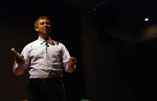 How to Incorporate a Motivational Speaker's Messaging into Your HR Policy