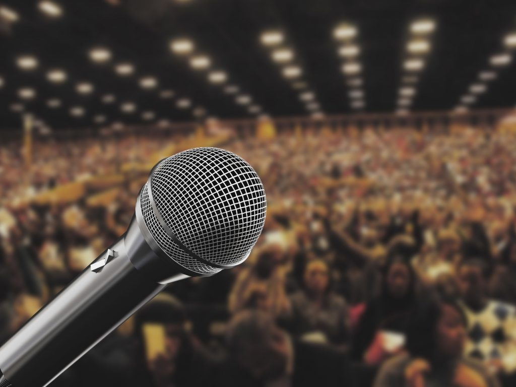 Who are the Best Professional Speakers in 2017?