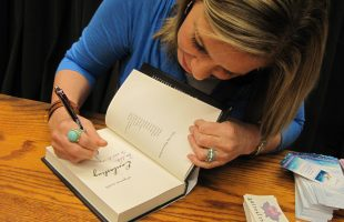 Master the Post Event Book Signing and Photo Lineup