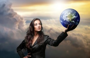 Top Women Speakers Whose Fortitude Will Inspire You