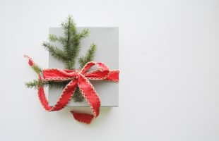 6 Ways To Nail Your Client's Holiday Gifts